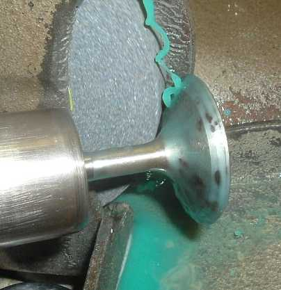 029 DT 1592 OE late valve back grind at 30 deg.jpg