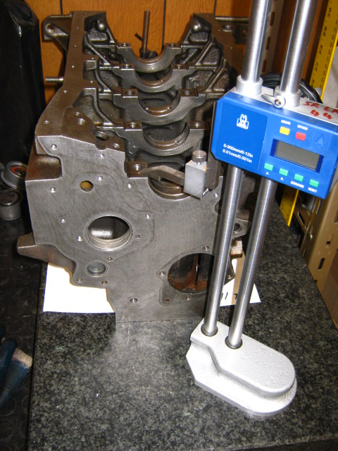 JC_measuring deck ht for piston order.JPG