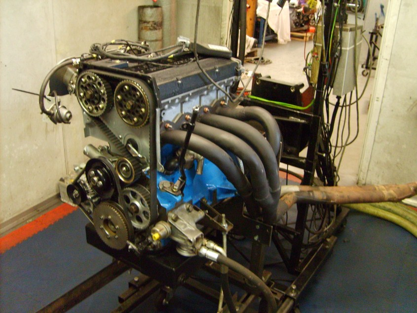 Engine on dyno low res.jpg