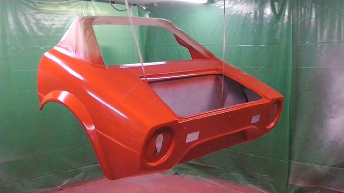Red rear bodywork.jpg