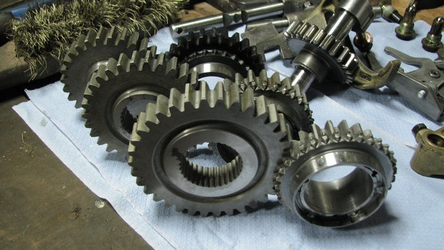 straight cut gears 004.jpg