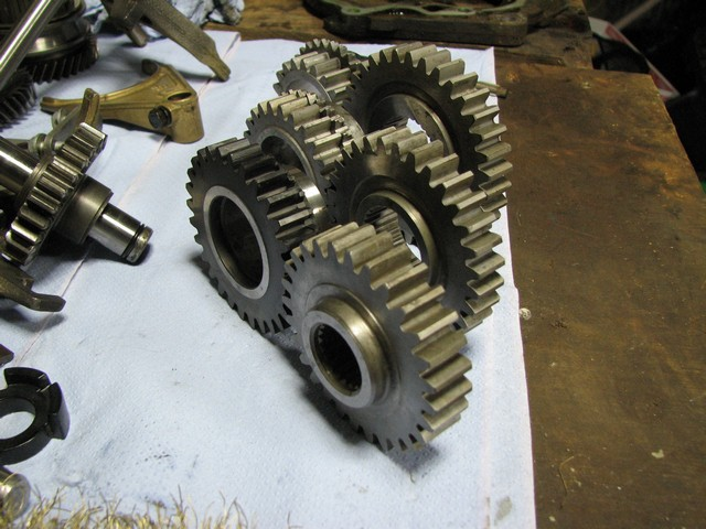 straight cut gears 010.jpg