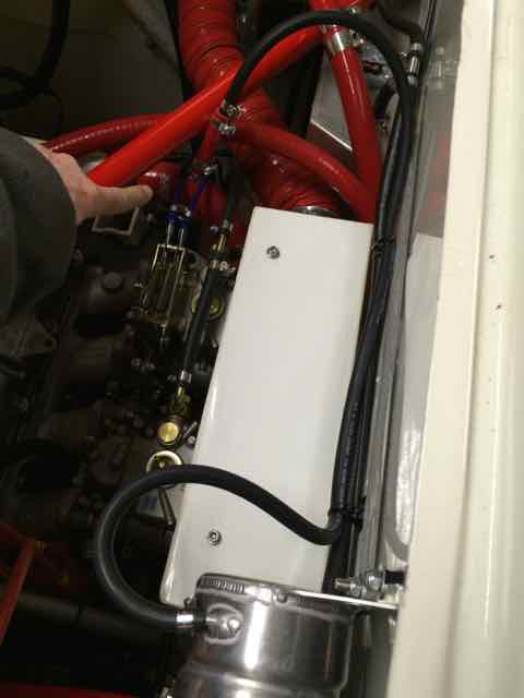 Stratos top hose bleed modification 1.jpg