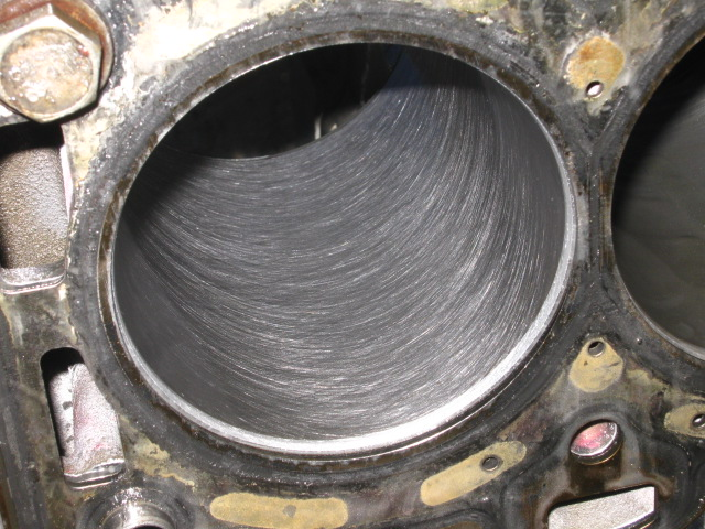 TN Duratec_ microhoning at 180 silicon carbide for chrome-faced Ford rings (2).JPG