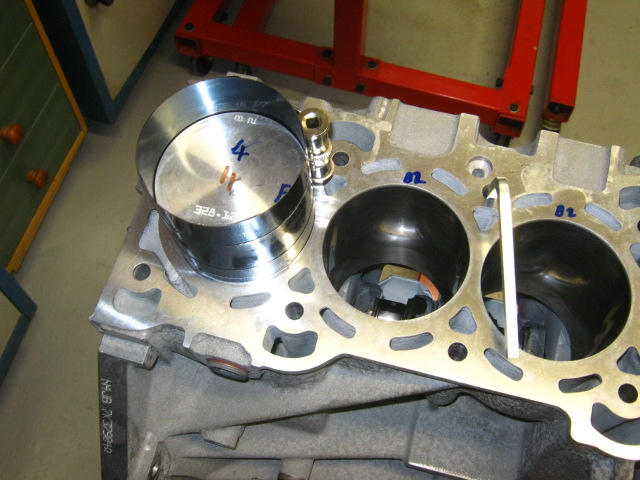 TN Duratec_block reassembly (15).JPG