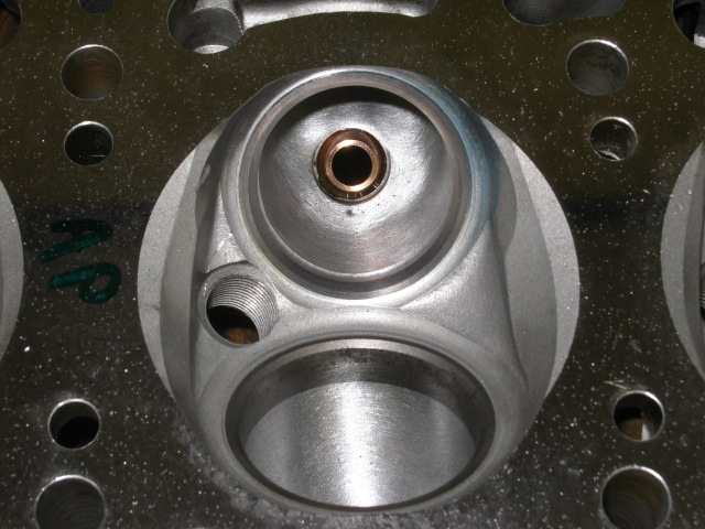 AP head after fitment of big ex inserts for 40mm valves (1).JPG