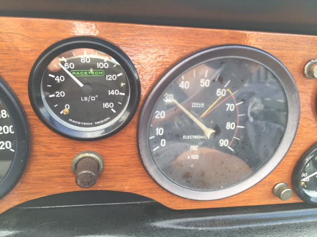 RT_Gauges_003.JPG