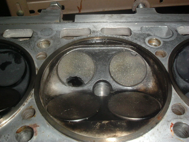 burned ex valves cyl 3.jpg