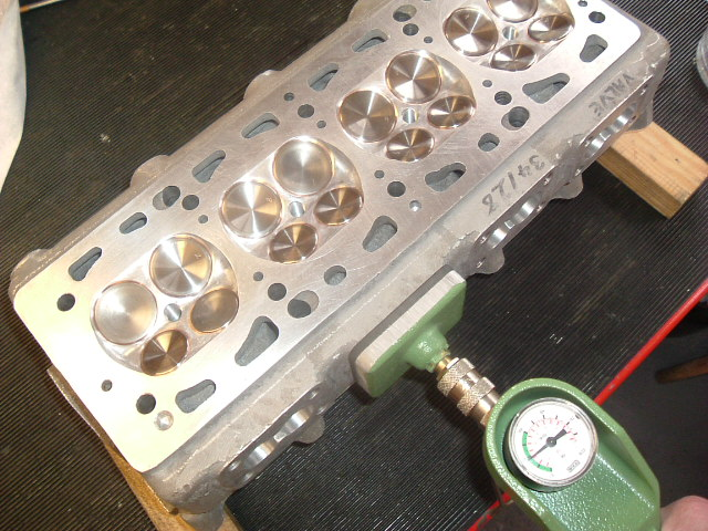 leak testing valves head _01.jpg