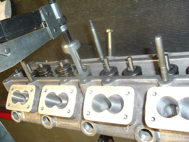 MW_01 fitting valves & springs without seals for trial shim.jpg
