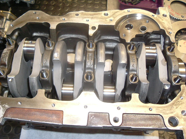 NH 16v crank in with ARP stud kit.jpg